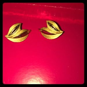 Trifari crown clip on earrings